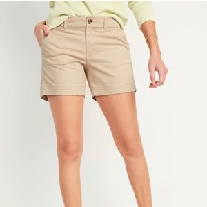 NWT ✨Old Navy Women's Mid Rise Tan Shorts.